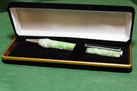 Christine made this pen and decorated it with this acrylic finish in green.